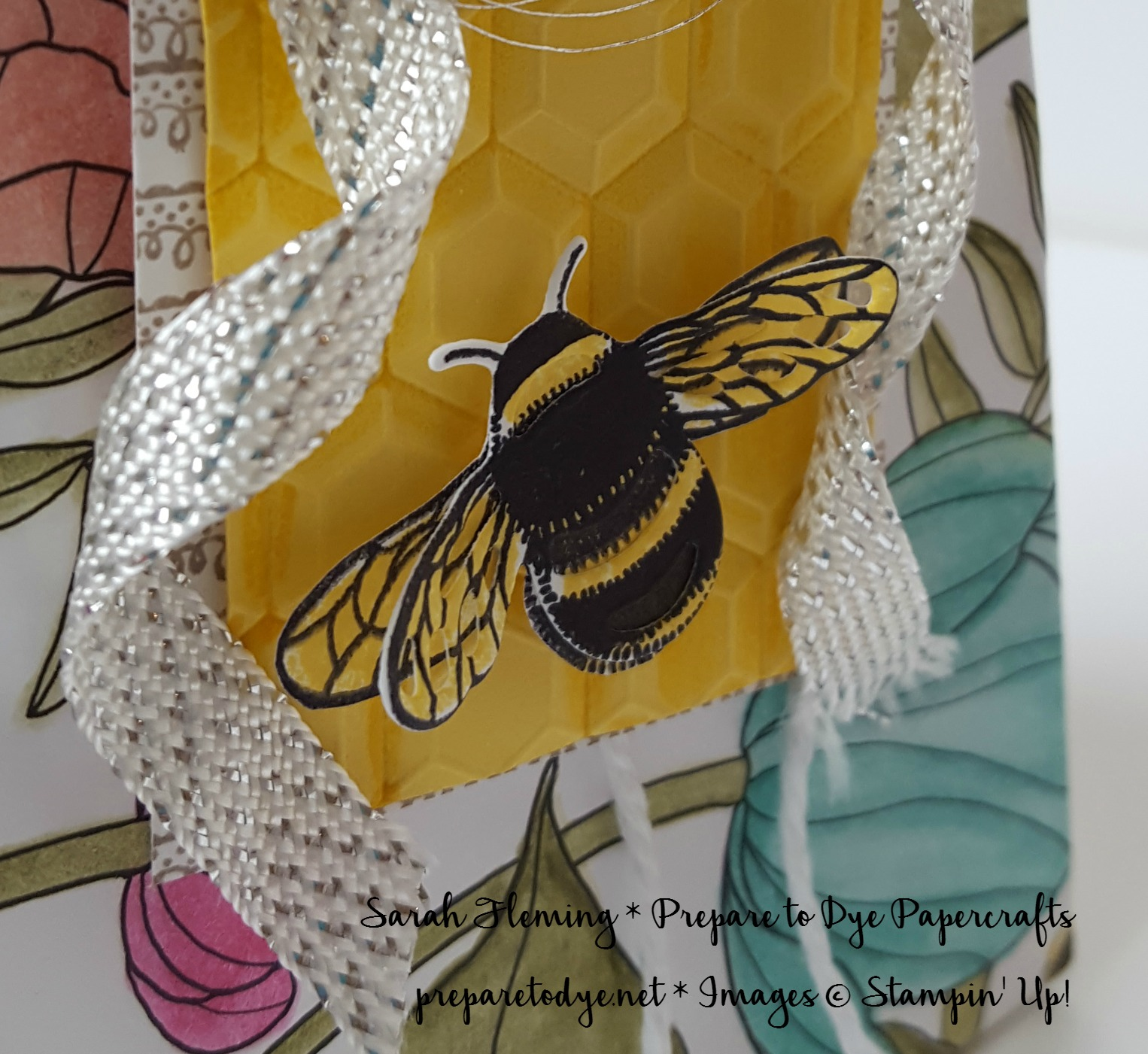 Stampin' Up! Dragonfly Dreams bundle and Hexagons Dynamic embossing folder - Sarah Fleming - Prepare to Dye Papercrafts