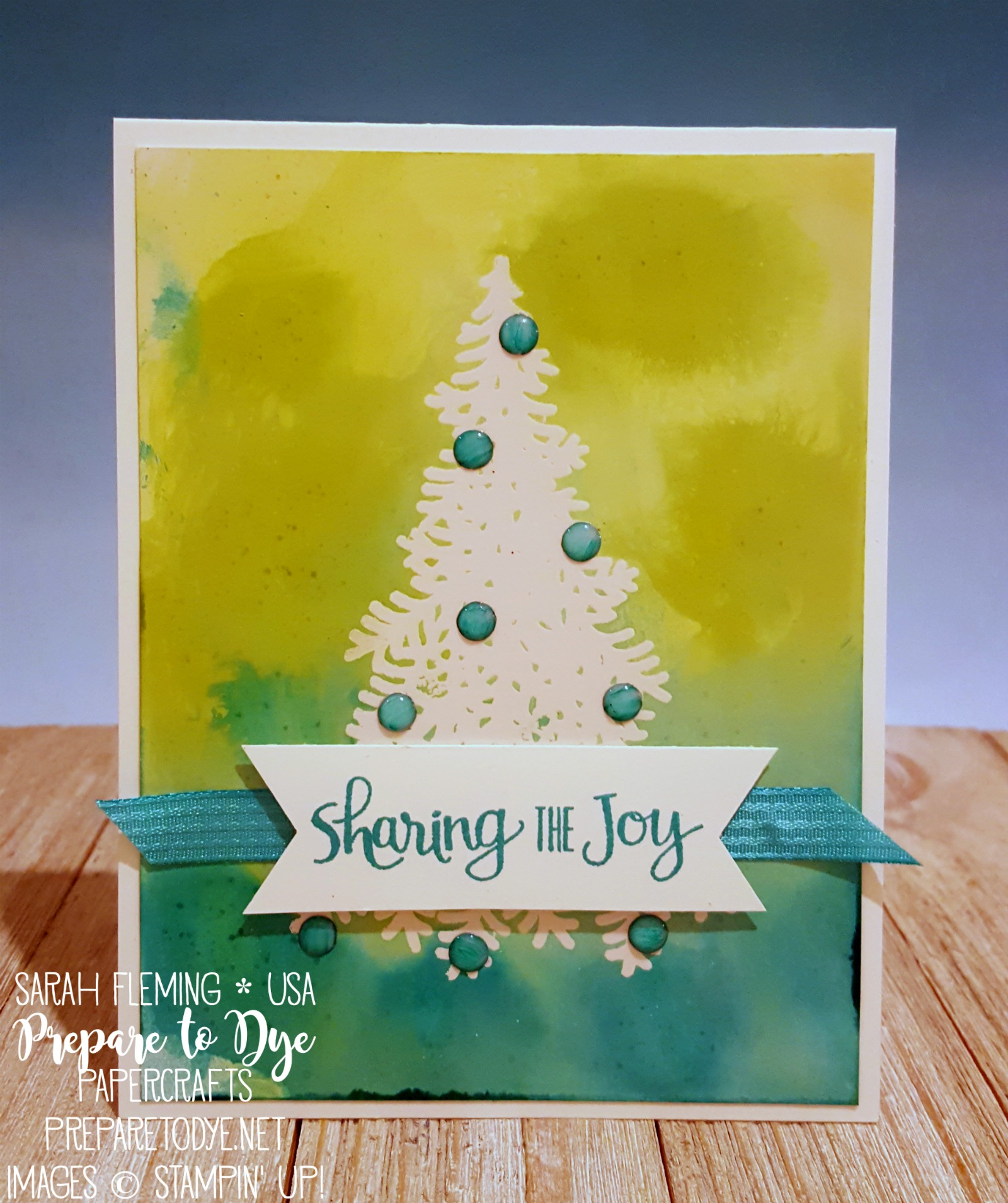 Stampin' Up! Ready for Christmas stamp set with glossy cardstock - Ink, Spray, & Smash technique with Emboss Resist technique - Sarah Fleming - Prepare to Dye Papercrafts - SDBH